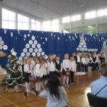 Uczniowie mówią wiersze.