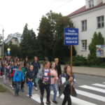 Pielgrzymka w drodze do Rostkowa.