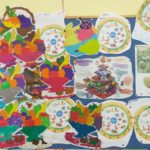 Tablica prezentująca prace plastyczne wykonane przez dzieci.