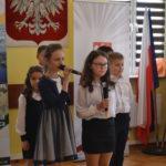 Dzieci mówią wiersze.
