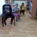 klasa 4 czyta książki